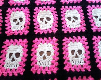Skull Blanket, Afghan, Throw, Perfect for Halloween