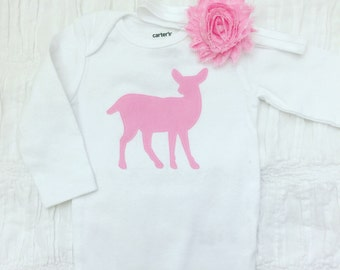 Pink fawn Onesie / Bodysuit with or without headband. Baby Girl outfit. Pink fawn. Babyshower gift.