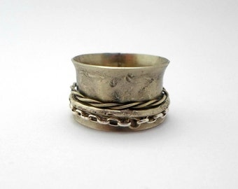 spinner ring ,Meditation Ring,oxidized and hammered spinner ring