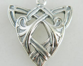 Stamas Vintage Sterling Silver Pendant