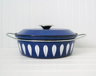 Vintage Royal Blue Cathrineholm Lotus Dutch Oven- sweetcarolineathome