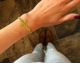 Passion Cross Cutout Bracelet w/ Gold Chain