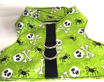 Dog harness, jacket harness, Velcro harness, skull and crossbones harness, spider harness, green harness, Halloween harness, puppy harness
