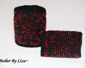 beaded wrist warmers black red hand knitted beaded wrist warmers fingerless glovess