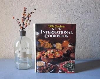 Betty Crocker's New International Cookbook
