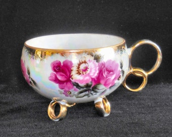 Pearl Luster Footed Porcelain Cup with Gilt Rings