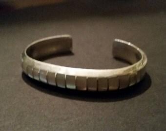 Native American Cuff Elkus Gasper Sterling Silver Zuni Bracelet Mother of Pearl 19 grams