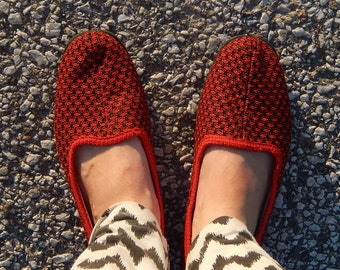 GDR vintage Red Slippers EUR 38 Women Shoes Retro Footwear Made in 1980 s