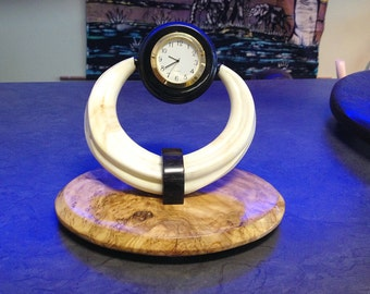 TABLE / DESK CLOCK