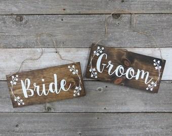 "Rustic Hand Painted Wood Wedding Sign ""Bride and Groom"" - Wedding Photo Prop - Wedding Reception Decoration"