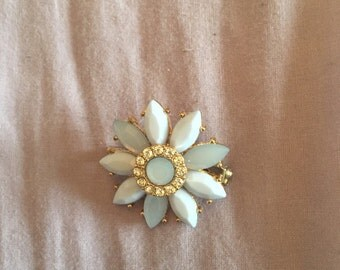 Upcycled flower brooch