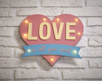 Love is all you Need  Pink Light Box