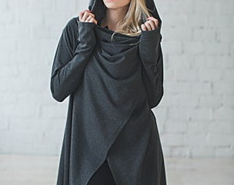 Cover flap with voluminous hooded CAPE