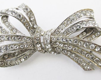 Beautiful Vintage 1930s Rhodium Plated Rhinestone Bow Pin