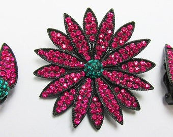 Vintage 1950s Signed Weiss Japaned Fuchsia and Emerald Green Rhinestone Pin and Earrings