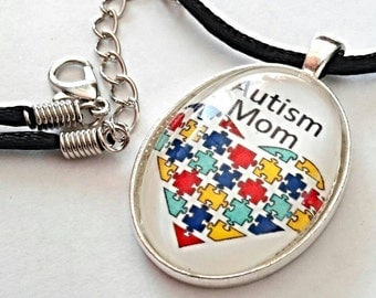 Autism Mom Necklace Autism Awareness Jewelry Puzzle Piece Pendant Multi Colored Heart Gifts For Mom Mother's Day Gift Silver Plated Oval