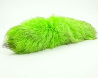 One premium dyed Fox tail : Green