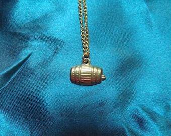 Barrel necklace.