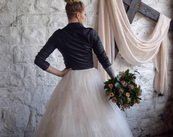 Champagne silk fabric, hand-dyed neutral sheer silk table runner, silk fabric, bridal  bouquet, champagne silk,champagne silk ribbon