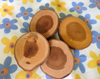 Wood circle 4 pcs,Medium size coaster,Round wooden coasters,Unfinished wood circle, wooden slices, Rustic table decor, Country style