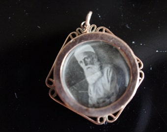Vintage  Jewelry 10K 10 K Solid Gold Necklace Chain Pendant locket Photo Album Family I-001