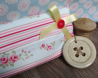 Stripe Floral Travel Tissue Holder/Cover
