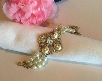 Pearl Bracelet ~ Gold Plated - Item 121-CC