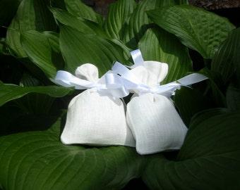 """10 Small Linen Bags * Rustic Linen Favor Bags * White Linen Bags * Wedding Favor Bags * Wedding Gift Pouches * 3.5"""" x 5"""" ( 9cm x 13cm )"""