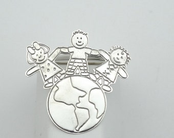 "Children ""Hands Across The World"" Sterling Silver Brooch/Pin  #WORLD-PN2"