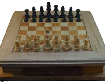wooden chess board whith pawn