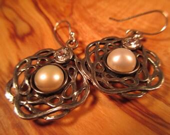 Vintage Sterling Silver Pearl Israel Earrings