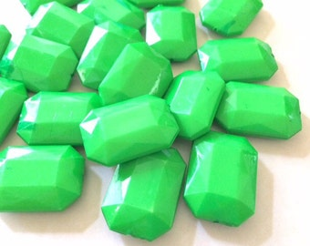 Bright Green Faceted Nugget Bead, Octogon acrylic beads, bangle beads, neon beads, big green beads, FLAT RATE SHIPPING 31mmx24mm