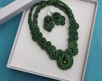 Green Forest - unique necklace, earing and BOX