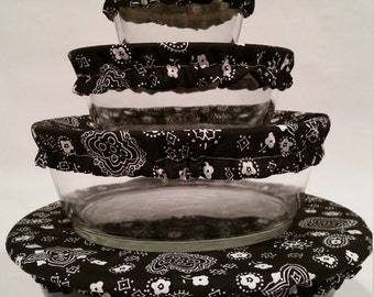 Black bandana pattern resuable bowl cover with water resistant lining. Set of 4.  Multiple sizes.