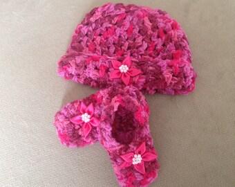 Newborn soft stretchy Hat and Bootie Set 0-3 months
