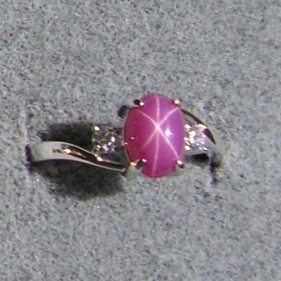 Vintage Signed Linde Lindy 8x6mm Pink Star Sapphire Created
