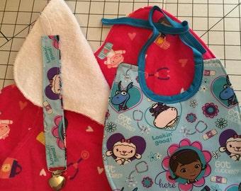 Baby Bib Gift Set Doc McStuffins: Baby Bib, Burp Cloths and Pacifier Clip