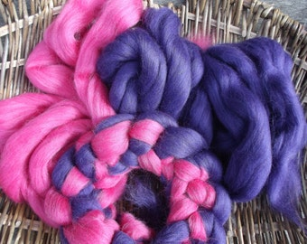 Corriedale Coloured Fibre/ Roving / Fiber Green, Red, Purple and Pink