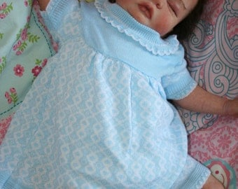 from the 1970s knitted dress for baby girl or reborn doll new mint condition size 68 girl 3-6 months of Bengeltje newoldstock