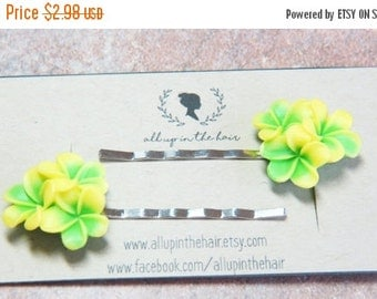 MEMORIAL DAY SALE Flower Bobby Pins - Yellow Plumeria Bobby Pins - Green Bobby Pins - Yellow Flower Bobby Pins - Flower Hair Pins - Tropical
