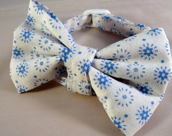 Cat collar optional bow // White & blue