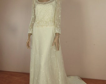 90's Vintage Wedding Dress - Ivory wedding dress from the 1990's – Romantic lace bridal gown