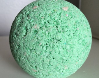 Tinted Mint Bath Bomb