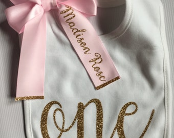 First Birthday Girl- 1st Birthday Bib - Personalized Bib - Gold and Pink Birthday Bib - Birthday Girl - Smash Cake - Bib with Bow