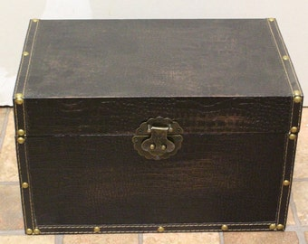 Wooden Box Leather