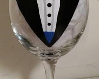 Tuxedo Wine Glass