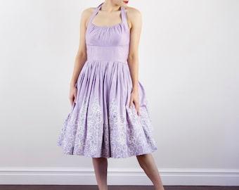 Vintage 1950s Lavender Sundress / Cotton 50s Dress / Full Skirt / Shelf Bust / Halter / S