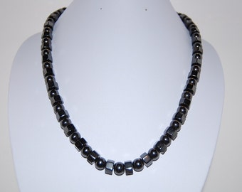 Magnetic Hematite Beads Necklace ,18 inches ,Man ,Woman, healthy ,Healing ,Relieve ,Protection ,Magnetic Clasp