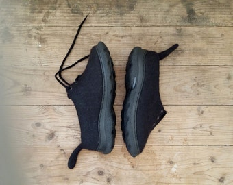 Felted Boots Winter shoes Woolen shoes Boots Comfort Shoes Shipping worldwide