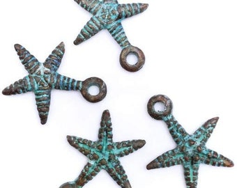 Pendant, sea star, green patina, 18mm, 4 PCs, maritim